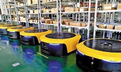 欧铠AGV机器人实现生产线间无缝对接